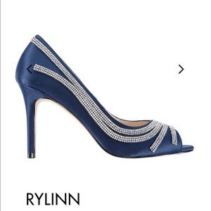 Navy blue formal shoes